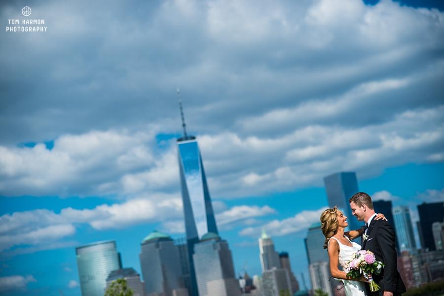bride groom nyc skyline