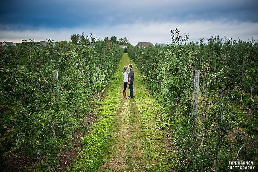 apple farm engagement photos