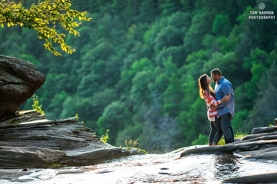 Engagement session at Kaaterskill falls