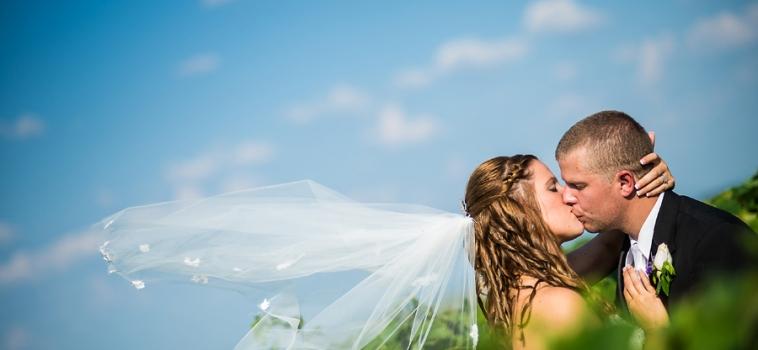 A Tug Hill Vineyards Wedding | Syracuse Wedding Photographer